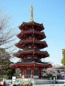 川崎大師中興塔