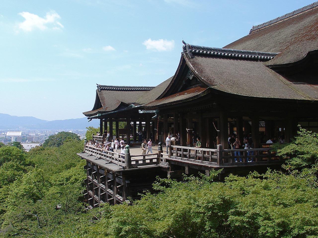 Kiyomizu_Temple_-_01