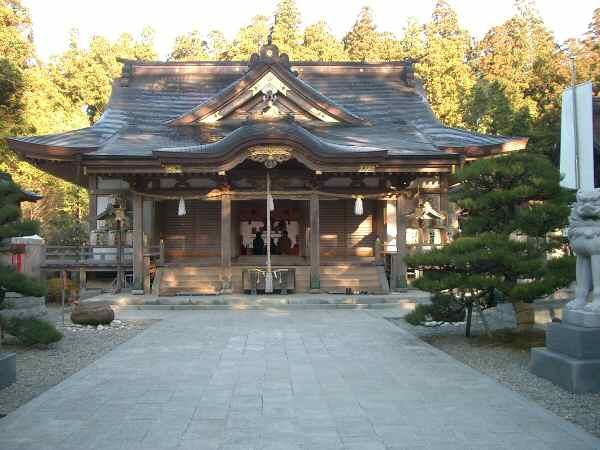 Shrine_Kumano_hongu01